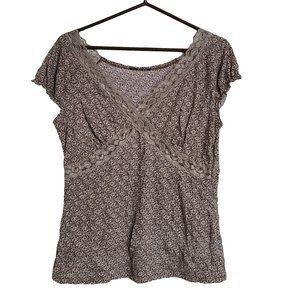 Brown & Beige SS  Stretchy Top with Lace Trim XL